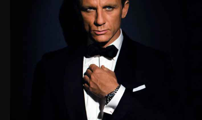 James bond wearing watch